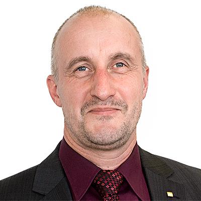 Herr Weiss